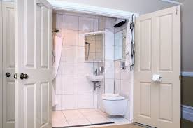 small ensuite ideas ensuite bathroom ideas small picture putneyrx com