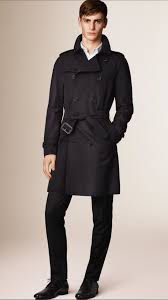 burberry the wiltshire long heritage trench coat in blue for men