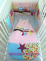chambre bebe hiboux rideau bébé tours de lit et gigoteuses hiboux pistache chocolat