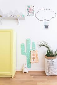 patère chambre bébé diy cactus hooks hanger for carnets parisiens b a b y