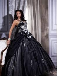 robe de mari e gothique noir bretelles spaghetti organza et taffetas robe de mariée