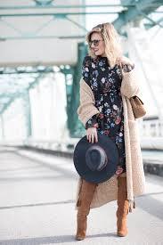 target black friday aventura midi dress u2013 mi aventura con la moda black floral midi dress