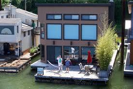 Floating Houses Floating House Living Perks And Pitfalls Oregonlive Com