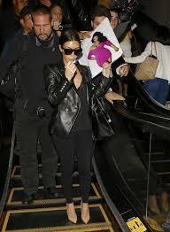 Kim Kardashian Wedding Ring by Kim Kardashian Kanye West Wedding Day Details Ring Pictures