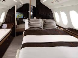 chambre avec prive falcon 8x le jet d affaires dernier cri de dassault aviation
