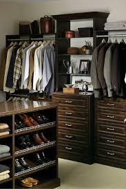 7 factors to choose laminate closet organizer or wire shelving