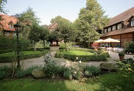 book romantik hotel hof zur linde romantik hotels u0026 restaurants