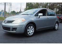 nissan versa manual transmission pre owned 2009 nissan versa 1 8 s 1 8 s 4dr hatchback 6m in