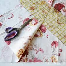 How To Make Your Own Kitchen Curtains by Sew Easy Cafe Curtains The Diy Mommy
