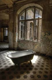 Beautiful Abandoned Places by 242 Best Sad And Or Abandoned Houses Images On Pinterest