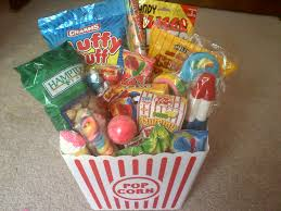 food basket ideas carnival snacks gifts gift basket carnival food basket circus