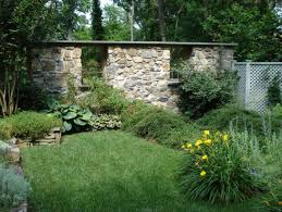 Garden Rock Wall by Rock Wall Garden Designs There Are More Large Rock Retaining Wall