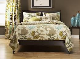 queen bed dimensions how to choose the best bed frame