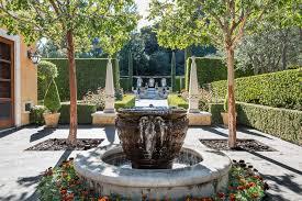 15 innovative designs for courtyard gardens hgtv innovative courtyard landscaping 15 innovative designs for