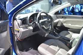 jeep hyundai 2017 2017 hyundai elantra debuts in l a with new design new engines