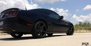 Black Rims On Mustang 2005 2017 Mustang Niche Apex 20x10