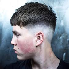 haircut with weight line photo textured hairstyles for men 2017