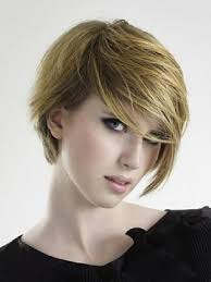 cool short straight hairstyles for oval shaped face girls with