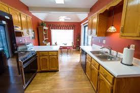 Kitchen Cabinets Memphis 6790 Castlegate Memphis Tn 38141 Mls 10007775