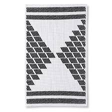 Gray And White Bathroom Rugs Berkus Black And White Textured Bath Rug