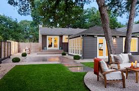 Chicago Patio Design by New Nature Landscaping Designing A Modern Backyard Images On