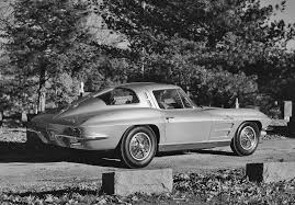 how many 63 split window corvettes were made 1963 chevrolet corvette sting split window pics info