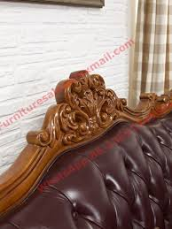 Leather Upholstery Sofa Classic Solid Wooden Carving Frame With Italy Leather Upholstery