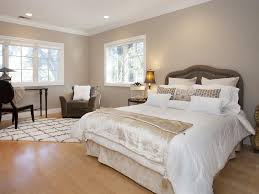 traditional guest bedroom with hardwood floors u0026 high ceiling in