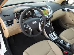 hyundai elantra review and photos