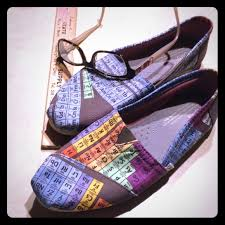 toms periodic table shoes toms shoes tomsgeek chic periodic table vegan sliponsrare poshmark