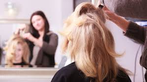 hair cut with a defined point in the back secrets hair stylists won t tell you reader s digest