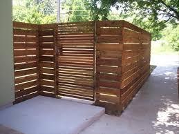 Fence Backyard Ideas by Best 20 Pallet Privacy Fences Ideas On Pinterest Backyard