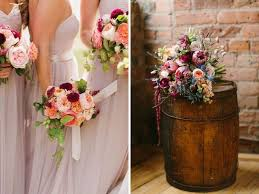 flowers to go chagne and light blue and other great color combos for weddings