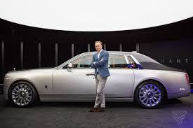 roll royce car 2018 the rolls royce phantom design opens doors for an electric future