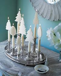 White Christmas Centerpieces - 21 beautifully festive christmas centerpieces you can easily diy