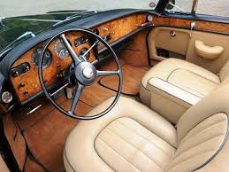 rolls royce interior wallpaper retrospect rolls royce camargue notoriousluxury