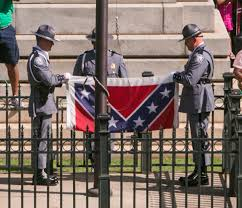 Why The Confederate Flag Is Offensive A Dark Piece Of History Confederate Battle Flag Symbolizes Racism