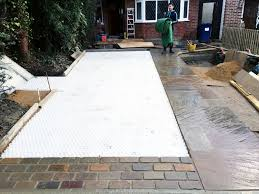 driveway using cedagravel by greenscapes uk ced ltd for all your