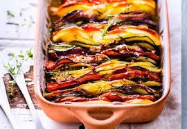 comment cuisiner les courgettes au four tian de pommes de terre tomates courgettes et oignons rouges les