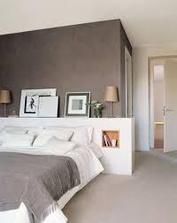 chambre avec tete de lit 8 idées déco pour fabriquer une tête de lit pas cher