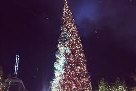 the grove u0027s tree lighting spectacular promises meghan trainor