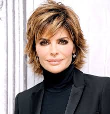 lisa rinna weight off middle section hair lisa rinna changes her hairstyle for first time in 20 years