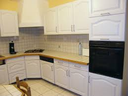 peinturer armoire de cuisine en bois peinture pour meuble de cuisine en chene élégant meuble cuisine en