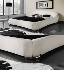Schlafzimmer Ideen Mit Schwarzem Bett Futuristisches Designerbett Exklusiv Bei Betten De Erhältlich