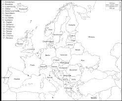 carte monde noir et blanc cartes localisation des capitales