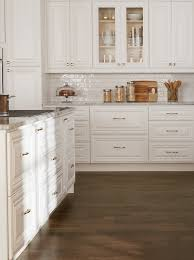 should kitchen cabinets knobs or pulls 9 ways to decorate your kitchen for the season