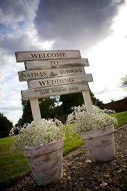Pallet Wedding Decor Wedding Planners Picmia