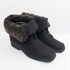 womens boots size 9 5 narrow toe warmers womens size 9 brown narrow fabric winter
