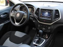 jeep cherokee dashboard 2014 jeep cherokee photo gallery cars photos test drives and