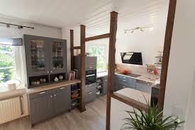 Wohnzimmer Einrichten Landhausstil Modern L Musterküche Landhaus Modern In Weiss Matt 355 Cm X 256 Häcker
